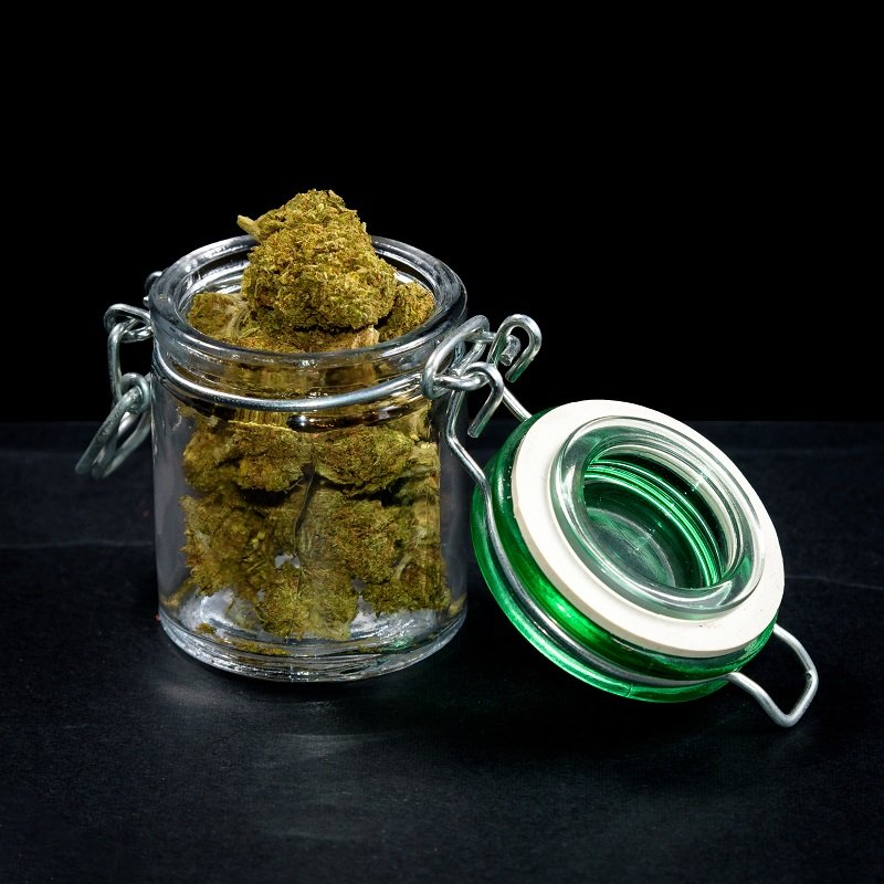 How to Cure Weed in Mason Jars?